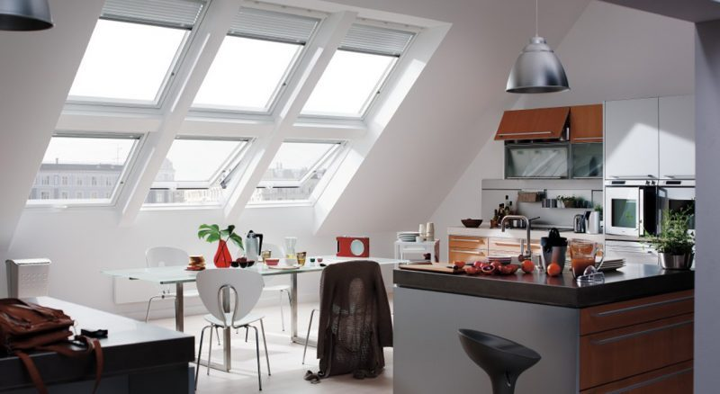 Miraculous kitchen lots windows #Kitchen #Kitchenwindows #Homedecor #Kitchendesigns