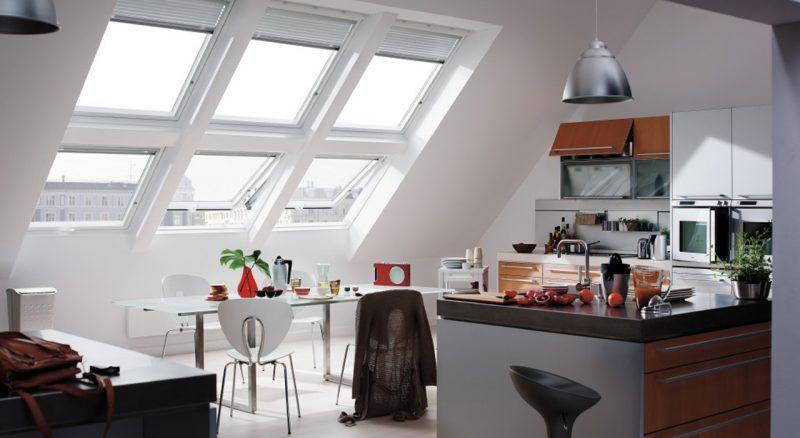 Miraculous kitchen lots windows #Kitchen #Kitchenwindows #Homedecor #Kitchendesigns