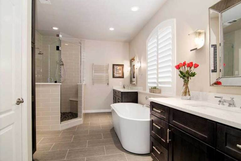 Fantastic 1920s bathroom remodel ideas #Homedecor #Bathroomremodel #Homerenovation
