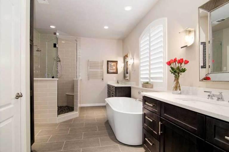 Fantastic 1920s bathroom remodel ideas #Homedecor #Bathroomremodel #Homerenovation