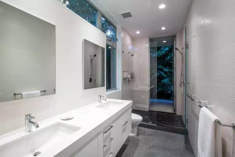Awesome bathroom remodel ideas before and after #Homedecor #Bathroomremodel #Homerenovation