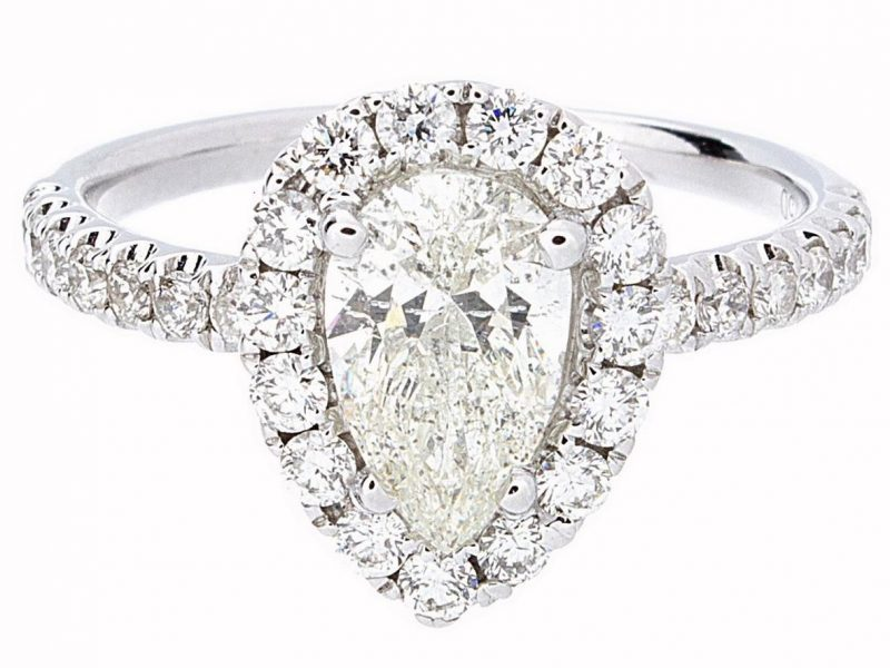 best engagement ring designs (Pear Shaped Ring)